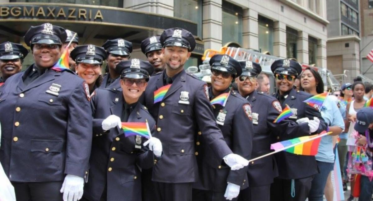Firefighters Marching At Capitol >> Lgbti Police And Firefighters Banned From Marching In Pride Parade